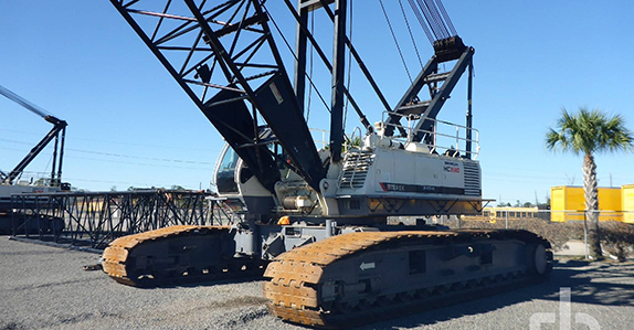 this 2008 Terex HC230 230-ton self-erecting crawler crane is selling in Houston (Feb. 15-16)