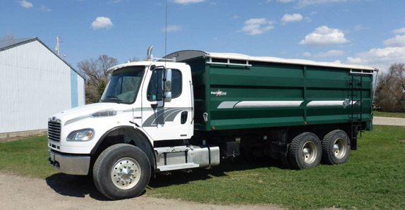 2010 Freightliner M2106 grain truck selling at Ritchie Bros. auctions