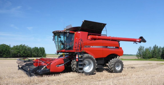 2014 Case IH 9230 RWA combine selling at Ritchie Bros. auctions