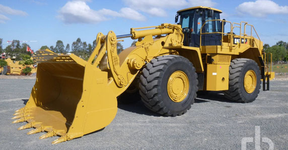 2011 Caterpillar 988H wheel loader sold by Ritchie Bros.