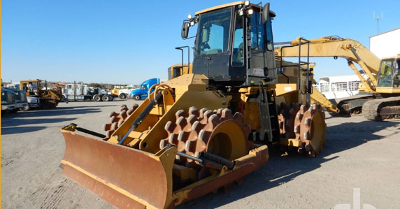 2018 Caterpillar 815k compactor for sale