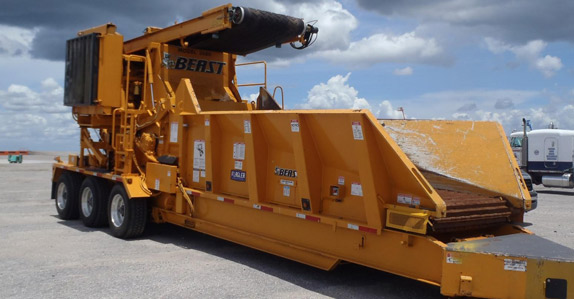 2010 Bandit 3680 Beast recycler portable horizontal grinder – sold for USD $285,000 at unreserved auction