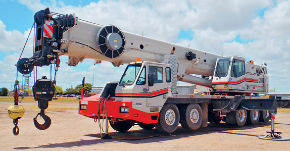 2010 Link-Belt HTC3140 140-ton hydraulic truck crane – sold for USD $895,000 at unreserved auction