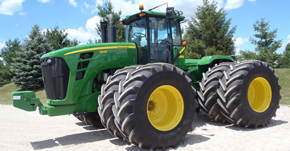 2011 John Deere 9630 4WD Tractor – sold for USD $230,000 at unreserved auction